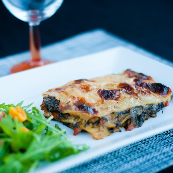 Salmon and spinach fine lasagna
